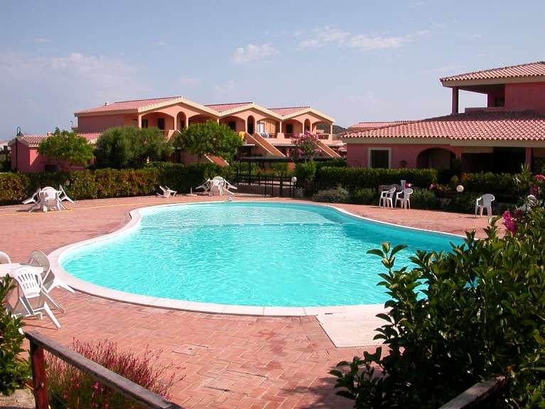 Soluzione Indipendente in vendita a Olbia - Porto Rotondo, 3 locali, zona Zona: Murta Maria, prezzo € 160.000 | Cambio Casa.it