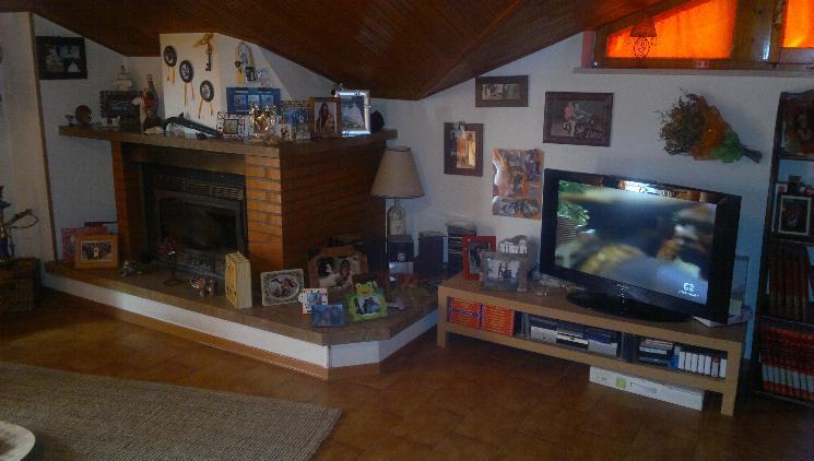 Appartamento in vendita a Maiolati Spontini, 4 locali, zona Zona: Moie, prezzo € 149.000 | Cambio Casa.it