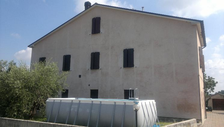 Soluzione Indipendente in vendita a Maiolati Spontini, 6 locali, zona Zona: Moie, Trattative riservate | Cambio Casa.it