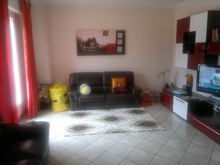 Appartamento in vendita a Rosora, 4 locali, zona Zona: Angeli, prezzo € 130.000 | Cambio Casa.it