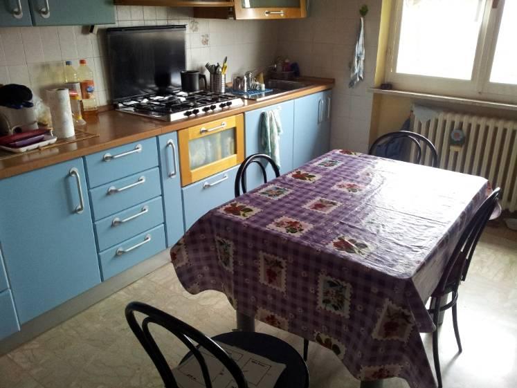 Appartamento in vendita a Castelbellino, 4 locali, zona Zona: Pantiere, prezzo € 105.000   Cambio Casa.it