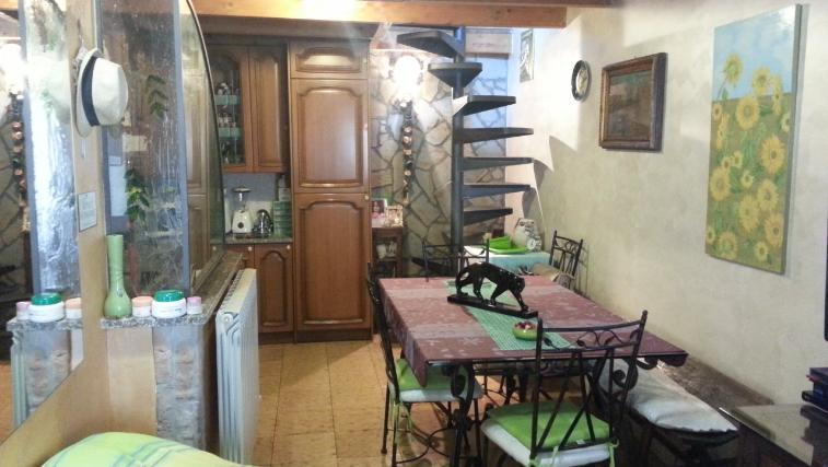 Appartamento in vendita a Castelplanio, 3 locali, zona Zona: Borgo Loreto, prezzo € 85.000 | CambioCasa.it