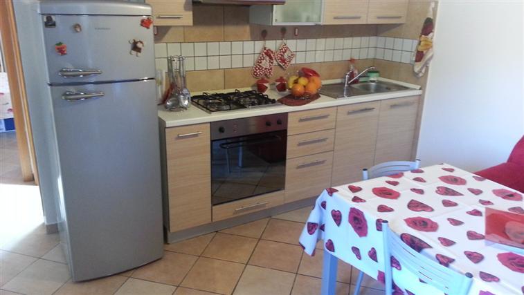 Appartamento in vendita a Castelbellino, 2 locali, zona Zona: Pianello Vallesina, prezzo € 65.000 | Cambio Casa.it