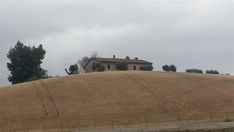 Soluzione Indipendente in vendita a Maiolati Spontini, 7 locali, zona Zona: Moie, Trattative riservate | Cambio Casa.it