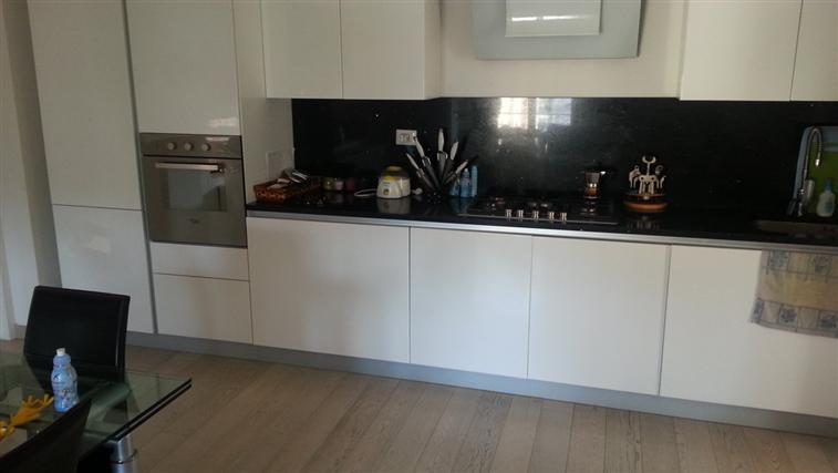 Appartamento in vendita a Castelplanio, 4 locali, zona Zona: Macine, prezzo € 135.000 | Cambio Casa.it