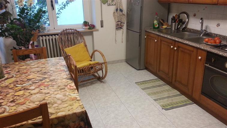 Appartamento in vendita a Castelbellino, 4 locali, zona Zona: Pantiere, prezzo € 100.000 | Cambio Casa.it
