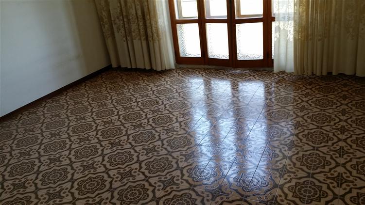 Appartamento in vendita a Castelplanio, 5 locali, zona Zona: Macine, prezzo € 99.000 | Cambio Casa.it
