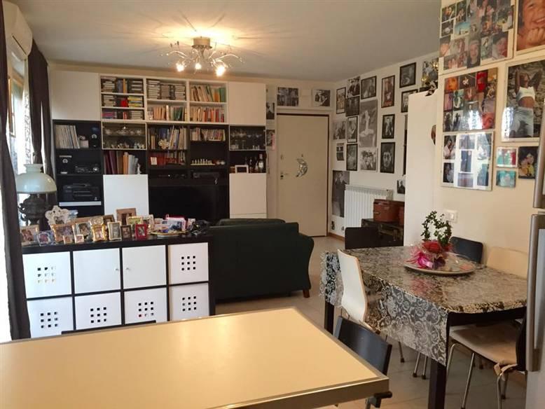 Appartamento in vendita a Maiolati Spontini, 4 locali, zona Zona: Moie, prezzo € 175.000 | Cambio Casa.it
