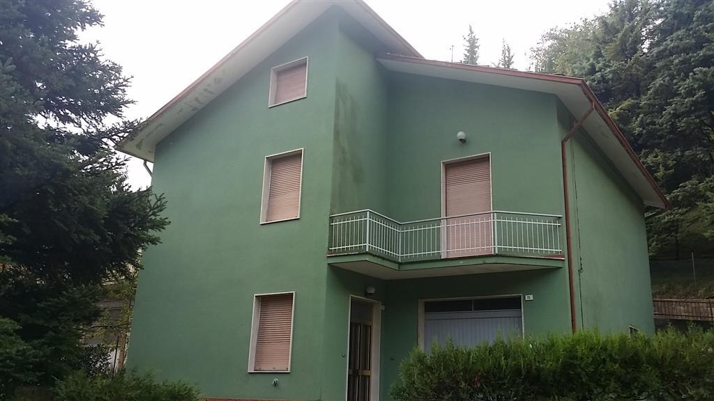 Soluzione Indipendente in vendita a Serra San Quirico, 6 locali, prezzo € 160.000 | Cambio Casa.it