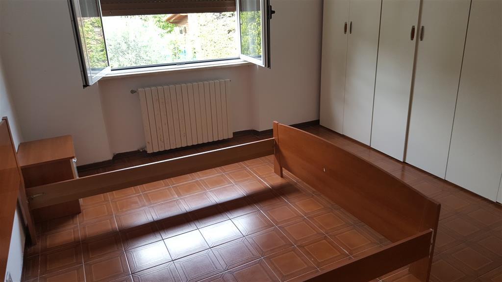 Appartamento in affitto a Maiolati Spontini, 4 locali, zona Località: SCORCELLETTI, prezzo € 500 | Cambio Casa.it