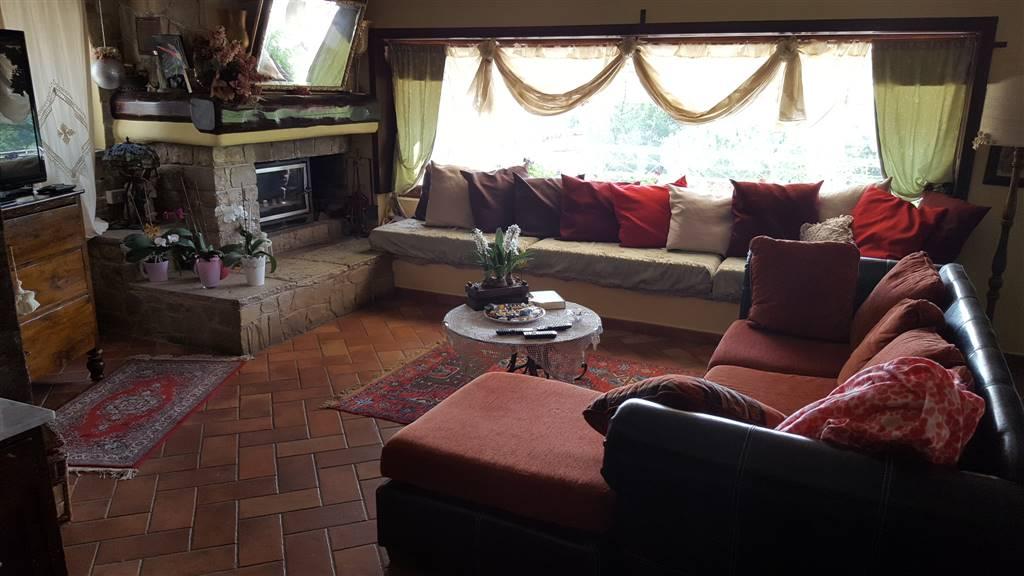 Soluzione Indipendente in vendita a Maiolati Spontini, 6 locali, zona Località: SCISCIANO, Trattative riservate | Cambio Casa.it