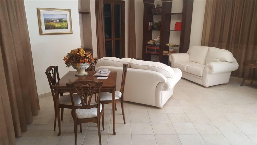 Appartamento in vendita a Rosora, 4 locali, Trattative riservate | Cambio Casa.it