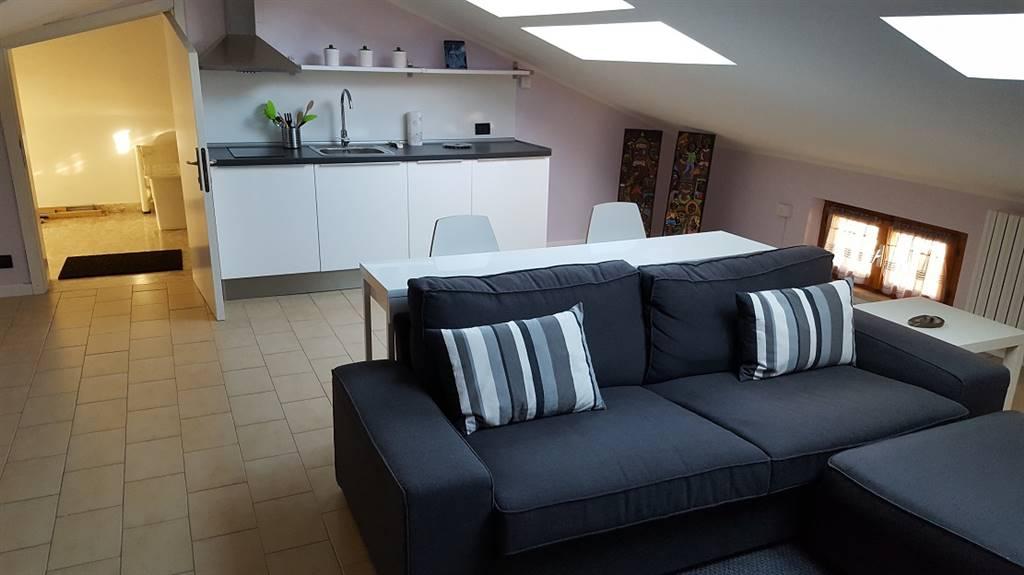 Appartamento in vendita a Maiolati Spontini, 4 locali, zona Zona: Moie, prezzo € 50.000 | Cambio Casa.it