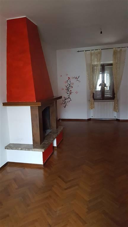 Appartamento in affitto a Maiolati Spontini, 4 locali, zona Zona: Moie, prezzo € 450 | Cambio Casa.it