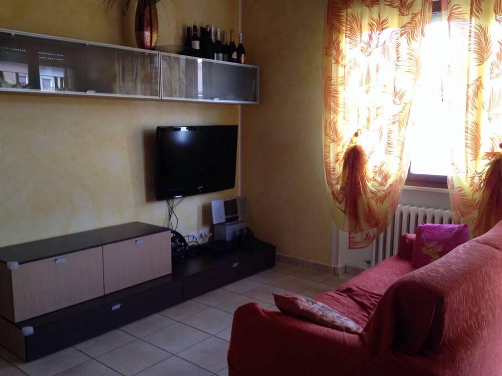Appartamento in vendita a Rosora, 4 locali, zona Zona: Angeli, prezzo € 120.000 | CambioCasa.it