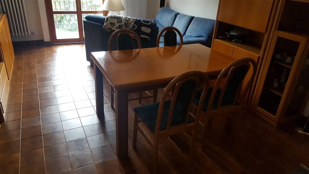 Appartamento in vendita a Jesi, 5 locali, zona Località: GARIBALDI, prezzo € 140.000 | CambioCasa.it