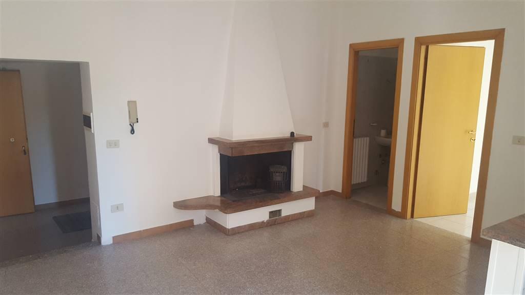 Appartamento in vendita a Castelplanio, 4 locali, zona Zona: Borgo Loreto, prezzo € 50.000 | CambioCasa.it