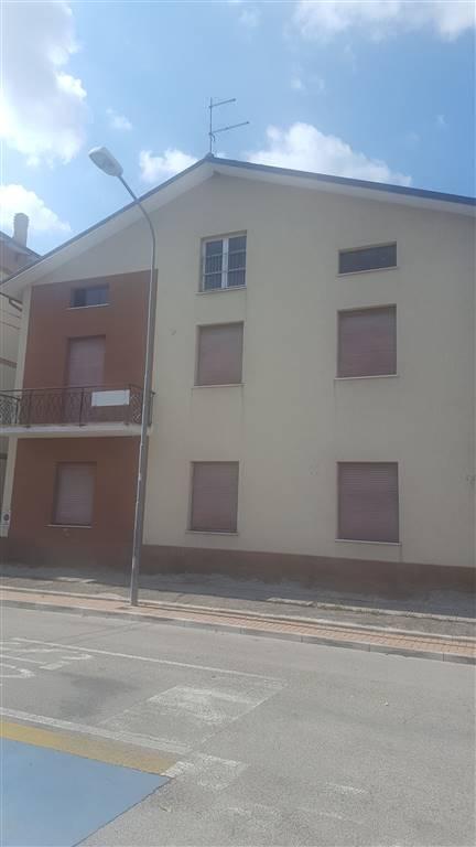 Soluzione Indipendente in vendita a Maiolati Spontini, 6 locali, zona Zona: Moie, Trattative riservate | CambioCasa.it