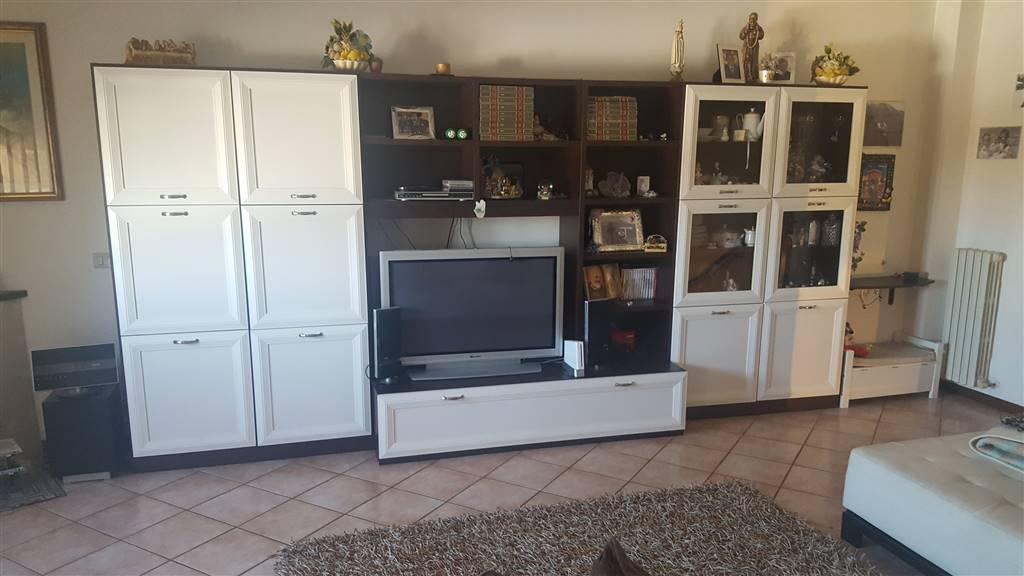 Appartamento in vendita a Monte Roberto, 5 locali, zona Zona: Pianello Vallesina, prezzo € 225.000 | CambioCasa.it