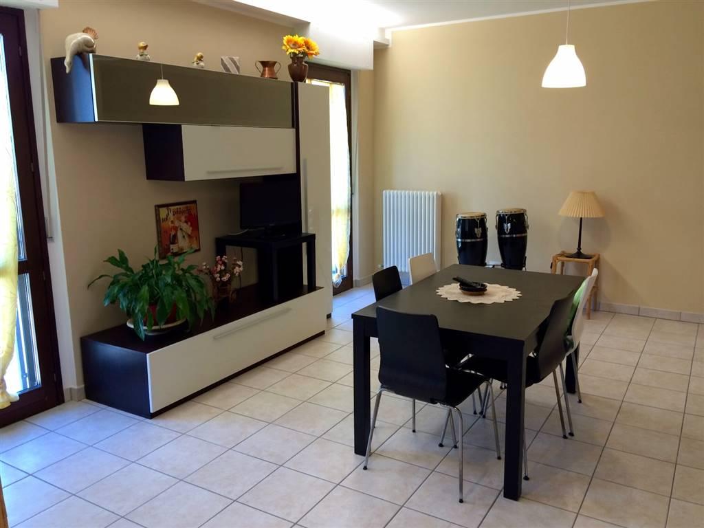Appartamento in affitto a Maiolati Spontini, 4 locali, zona Zona: Moie, prezzo € 450 | CambioCasa.it