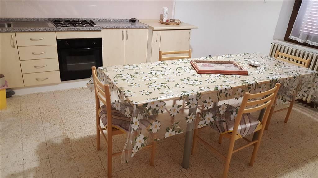 Appartamento in affitto a Monte Roberto, 4 locali, prezzo € 370 | CambioCasa.it