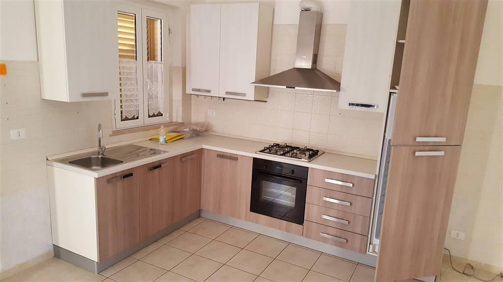 Appartamento in affitto a Maiolati Spontini, 4 locali, zona Zona: Moie, prezzo € 380 | CambioCasa.it