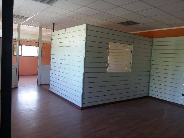 Capannone in affitto a Latina, 9999 locali, zona Località: EPITAFFIO, prezzo € 900 | CambioCasa.it