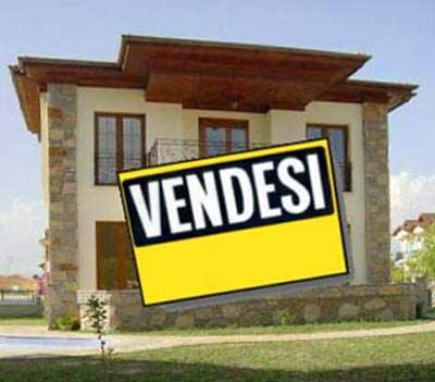Soluzione Indipendente in vendita a Sabaudia, 10 locali, Trattative riservate | CambioCasa.it