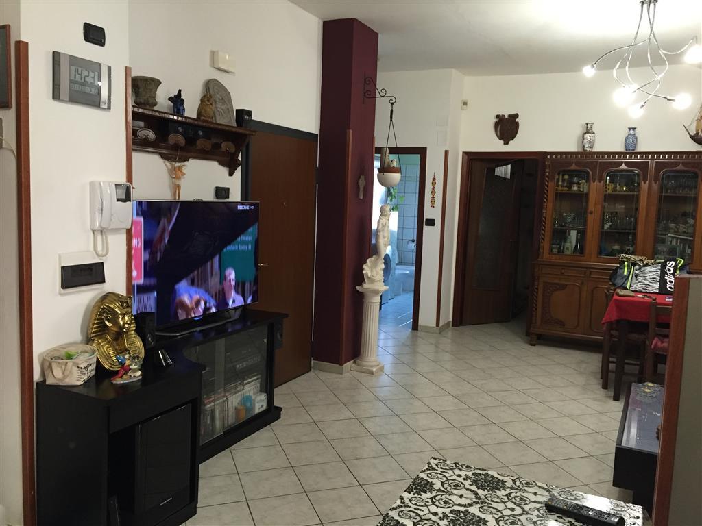 Appartamento in vendita a Norma, 2 locali, prezzo € 110.000   CambioCasa.it