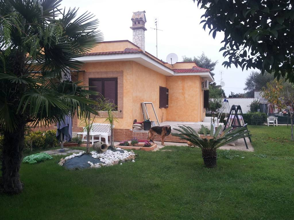 Villa, Borgo Sabotino, Latina, in ottime condizioni