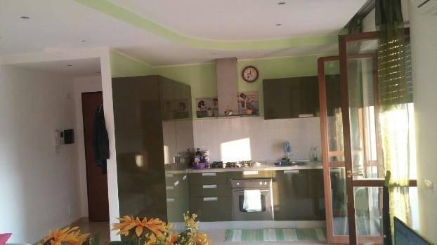 Appartamento in affitto a Latina, 1 locali, zona Località: LATINAFIORI, prezzo € 500 | CambioCasa.it