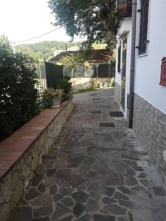 Casa semi indipendente a Salerno