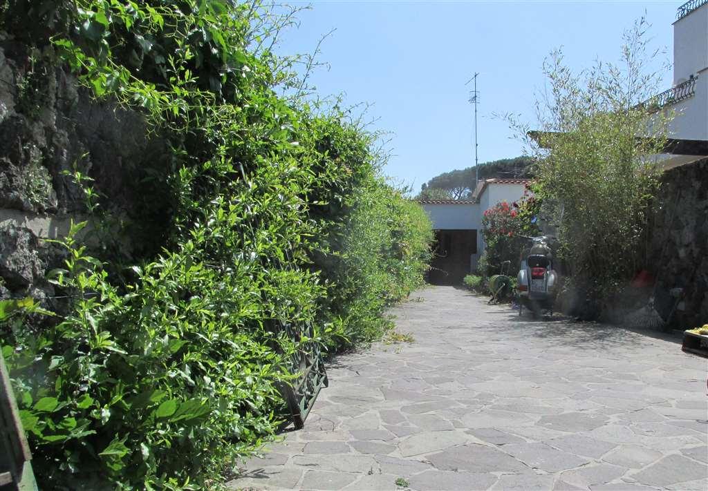 Villa in vendita a Ischia, 5 locali, prezzo € 480.000 | Cambio Casa.it