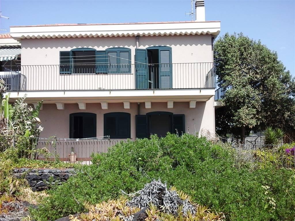 Villa in Vendita a Acireale