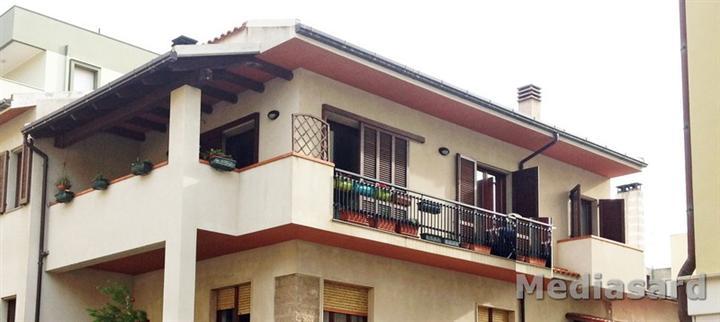 Soluzione Indipendente in vendita a Alghero, 4 locali, zona Località: Z4-LIDO, prezzo € 355.000 | Cambio Casa.it