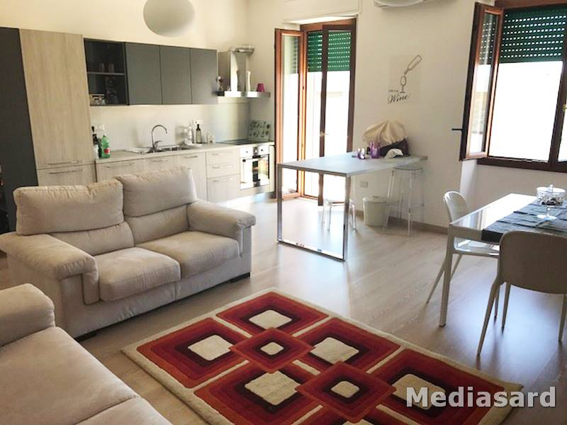 Appartamento in vendita a Alghero, 4 locali, zona Località: Z10-CENTRALE, prezzo € 149.000 | Cambio Casa.it