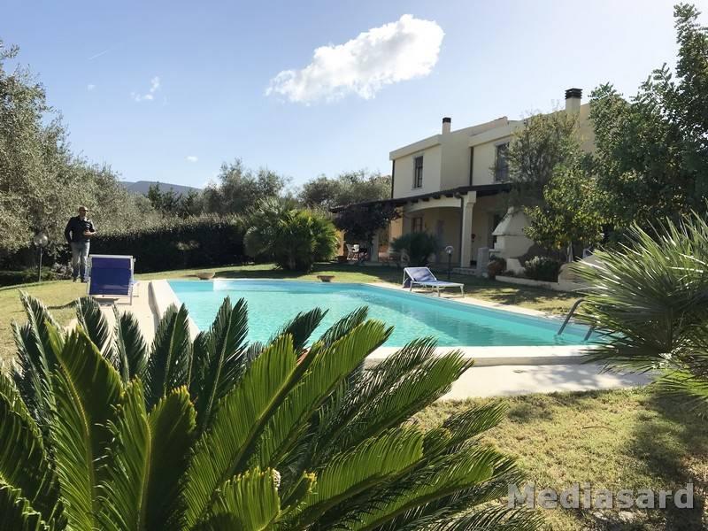Villa in vendita a Alghero, 6 locali, prezzo € 435.000   CambioCasa.it