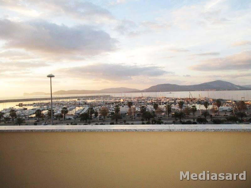 Attico / Mansarda in affitto a Alghero, 3 locali, prezzo € 650 | CambioCasa.it