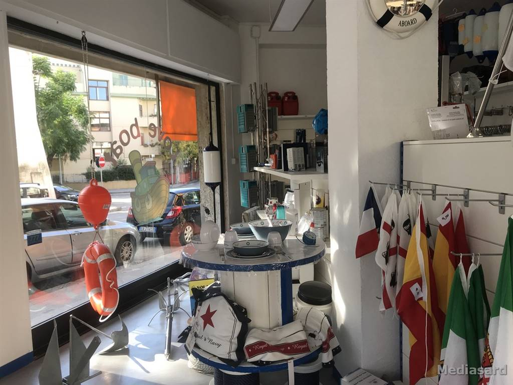 Attività commerciale Bilocale in Vendita a Alghero