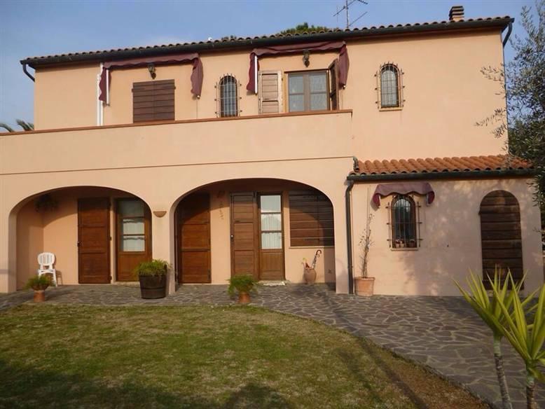 Villa in vendita a Campiglia Marittima, 7 locali, zona Zona: Cafaggio, prezzo € 640.000 | Cambio Casa.it