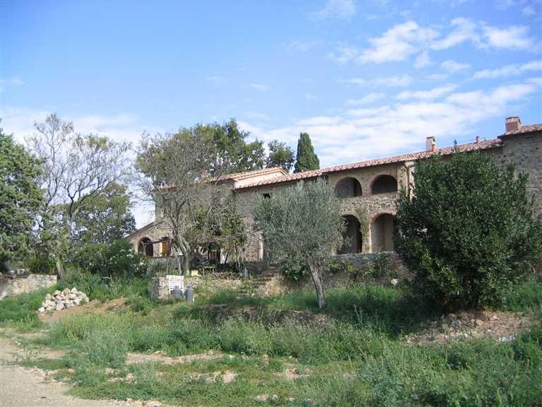 agriturismo-azienda agricola in Vendita Monterotondo Marittimo in provincia di Grosseto
