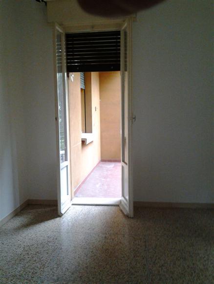 Trilocale in Via Treves, Bologna