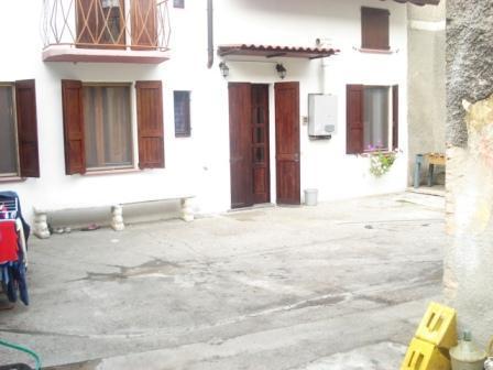 Soluzione Indipendente in vendita a Torlino Vimercati, 3 locali, prezzo € 90.000   Cambio Casa.it