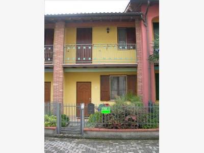 Villa a Schiera in Vendita a Casale Cremasco-Vidolasco