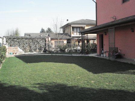 Villa Bifamiliare in vendita a Ricengo, 5 locali, prezzo € 260.000 | Cambio Casa.it