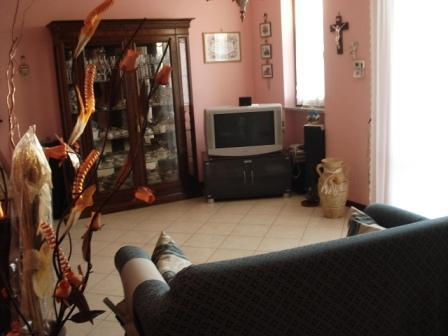 Appartamento in vendita a Quintano, 3 locali, prezzo € 110.000 | Cambio Casa.it