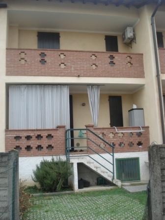 Villa a Schiera in vendita a Romanengo, 4 locali, prezzo € 205.000   Cambio Casa.it
