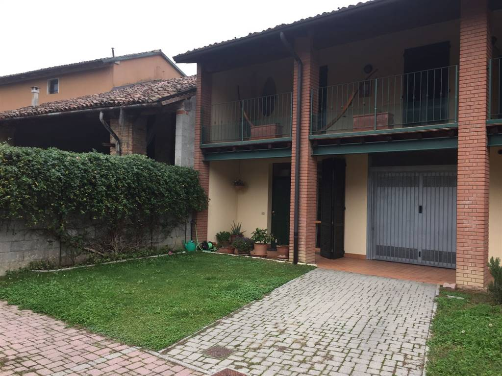 Villa in Vendita a Ricengo