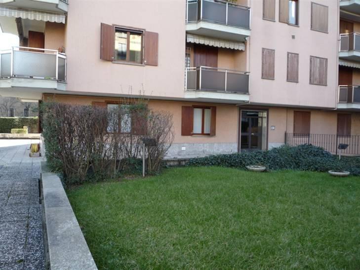 Appartamento in Vendita a Corsico: 5 locali, 110 mq