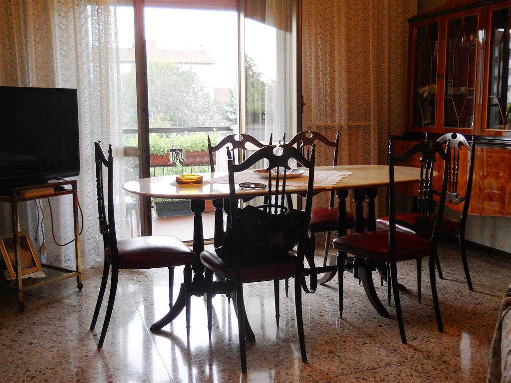 Vendita Appartamento, Milano, da ristrutturare, quarto piano, riscaldamento centralizzato - Rif ...